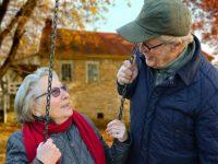 Les Britanniques âgés ont l'impression d'être stéréotypés dans les publicités