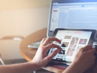 27 % des personnes de 60 ans et plus n'utilisent jamais Internet