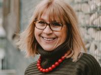 Pascale Matthews «je crée des articles et accessoires thérapeutiques pour malades d'Alzheimer»